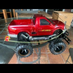 New Bright F-150 4x4 Off Road RC Car Red. 27 MHz.